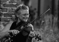 Evelyn Fink-Mennel